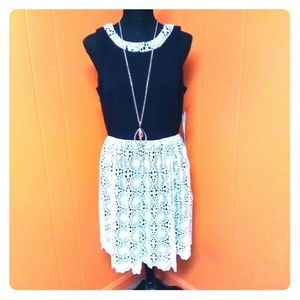Kensie lace black and white dress sz M *NWT*